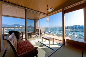 海を望み露天風呂付客室で過ごすラグジュアリーステイ